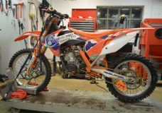 How-To: KTM 250 350 380 SX MXC EXC Top & Bottom Engine Rebuild 2003-2015